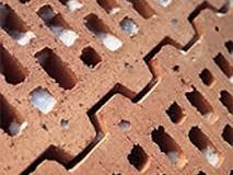 Поризованный кирпич из глины